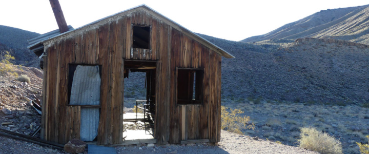 Ghost town at Inyo Mine